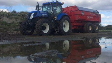 Tractor met grondkar | 14m³